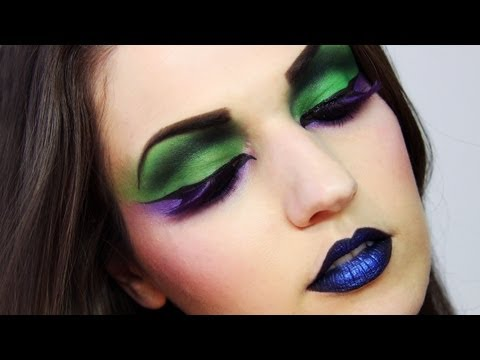 EXTREME MAKEUP Creative Editorial Look