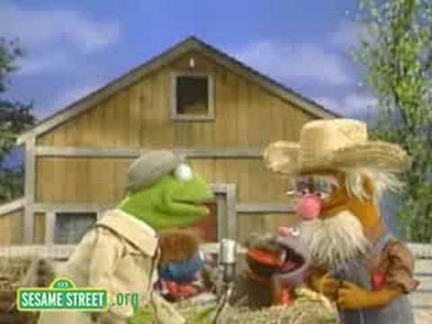 Sesame Street: Kermit News On Old Macdonald