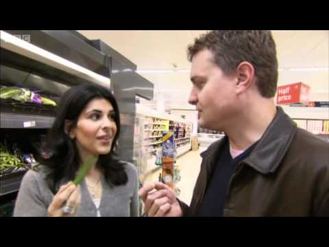 The secret to using chillies - Indian Food Made Easy - BBC