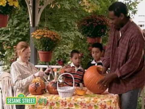 Sesame Street: Pumpkins on Halloween