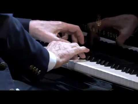 Benjamin Zander: Classical music with shining eyes