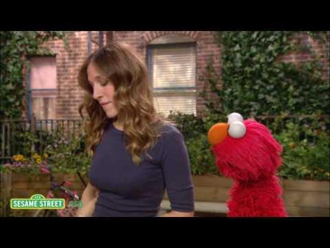 Sesame Street: Sarah Jessica Parker: Pair