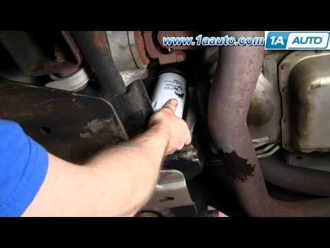 How To Change Oil Chevy Silverado GMC Sierra 2500HD 6.0L 00-06 - 1AAuto.com