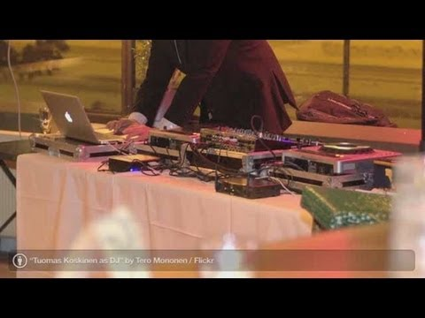 Wedding Reception: Wedding Band vs. Wedding DJ
