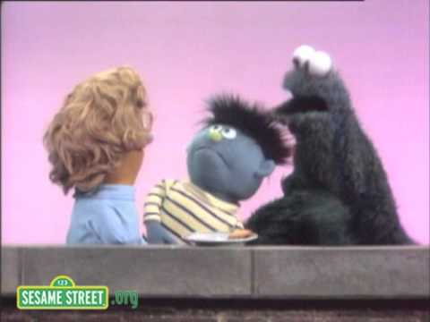 Sesame Street: Cookie Monster Shrinks