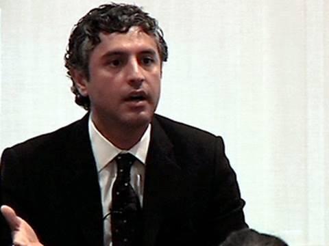 Reza Aslan: Israeli-Palestinian Conflict About Land, Not Identity