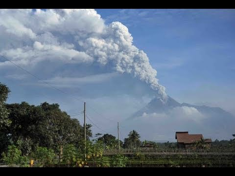 Indonesians Evacuate From Mount Merapi