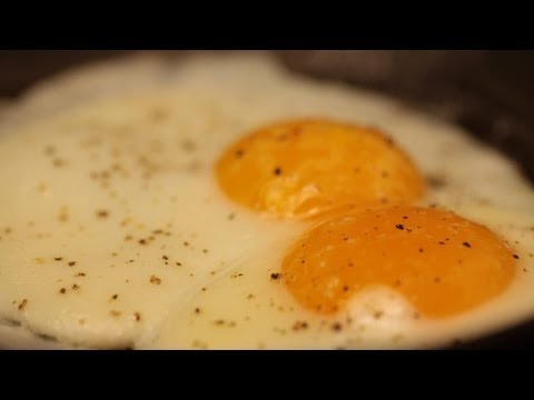 How To Cook Eggs || KIN EATS