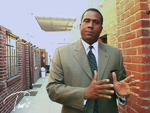 Tavis Smiley Asks You to Video Your Vote