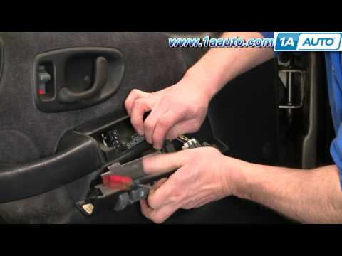 How To Install Replace Door Panel Chevy S-10 Blazer 4 Door 95-05 1AAuto.com