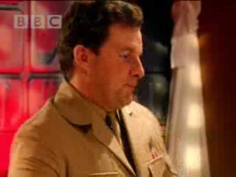 Dinner and Dibbleys - Red Dwarf - BBC comedy