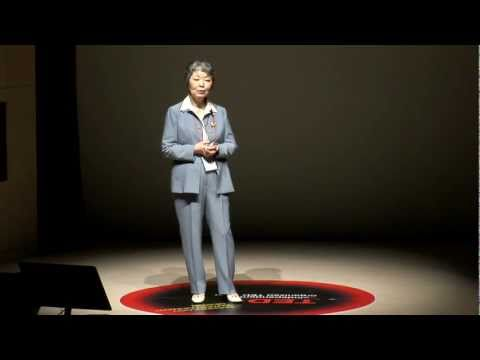 TEDxDaedeokValley - KwangHwa Chung - Why Analytical Science?