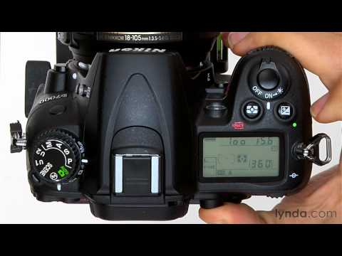 Nikon D7000 tutorial: Using the exposure lock setting | lynda.com