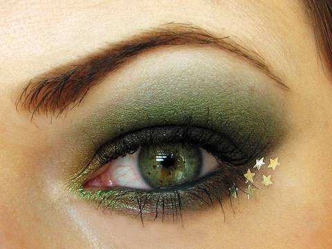 Holiday Greens Makeup tutorial