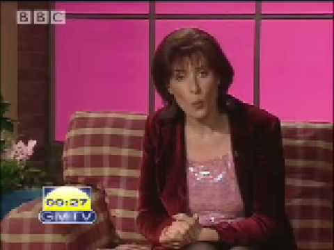 Funny spoof! Lorraine Kelly's seasonal greetings - Alistair McGowan - BBC