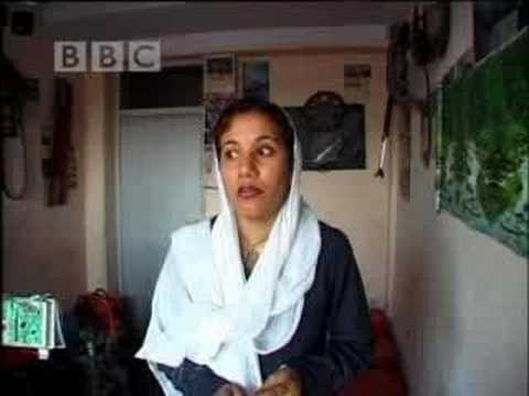 New student recruit - Afghan Ladies Driving School - BBC