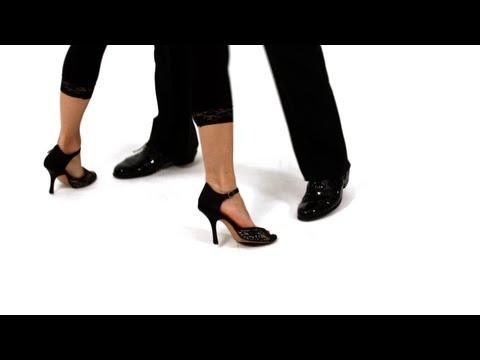 Dancing the Argentine Tango: Salida
