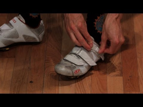 How to Pick Bike Riding Shoes | Road Cycling