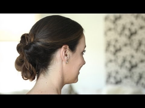Messy Inverted Bun: How To Create It || Kin Beauty