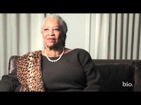 Toni Morrison - Mini Bio