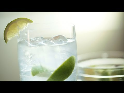 Skinny Margarita Cocktail Recipe (Make It) How To || Kin Eats