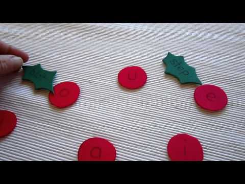 Preschool - Reading-Phonics-Spelling: Christmas holly game with short vowel sounds and blends.