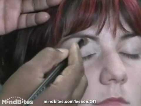 Color Salon: Make-up Techniques
