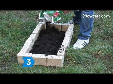 How to Practice Square Foot Gardening