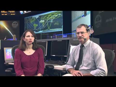 ISS Flight Controller Talks Space with Students