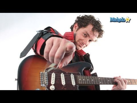 "How to Play ""Wanna Be Startin' Somethin'"" by Michael Jackson on Guitar"
