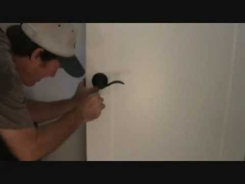 How to install a privacy door handle
