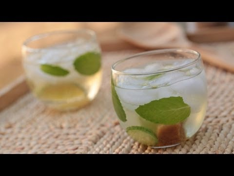 Cocktail: Absinthe Mint Cucumber Recipe (How to Make It) || Kin Eats