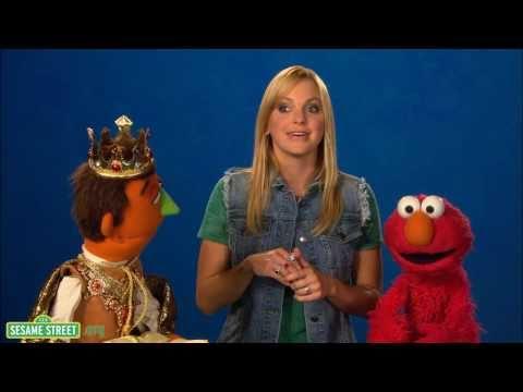 Sesame Street: Anna Faris: Gem