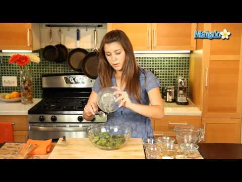 How to Make Spinach Salad with Dried Cherries