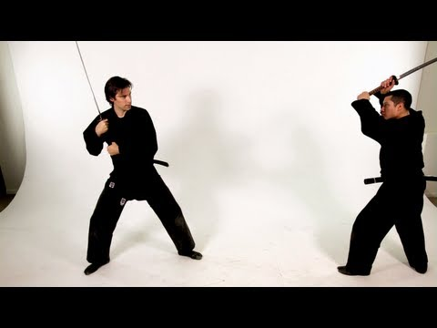 Footwork: Advancing and Retreating | Katana Sword Fighting