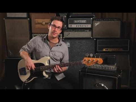 Bass Chords: How to Play an F Sharp/G Flat Major Triad
