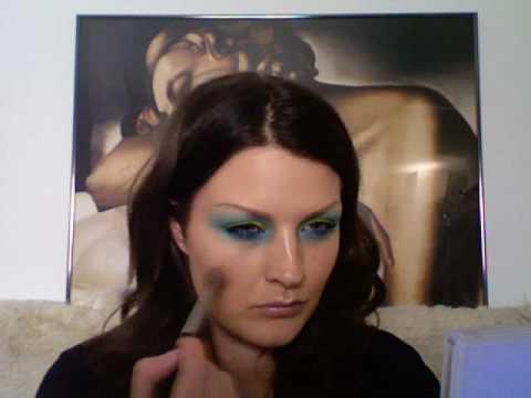 BASICS: Using brights make-up tutorial