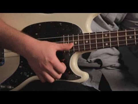 Bass Guitar Lesson: Popping and Slapping