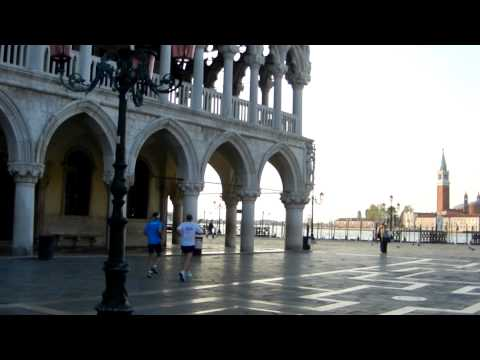 Beating the Crowds in Venice