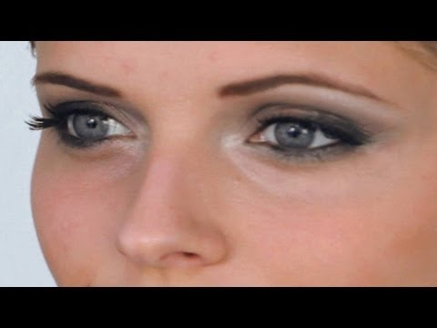 Celebrity Look: Jennifer Aniston Makeup Tutorial / Eyes