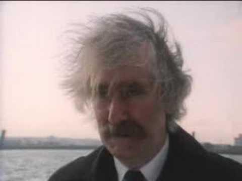 Funeral argument - Bread - BBC classic comedy