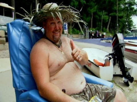Only In America with Larry the Cable Guy - Larry Goes Waterskiing