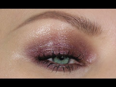 PLUM GLOSSY SPARKLE EYES MAKE-UP TUTORIAL