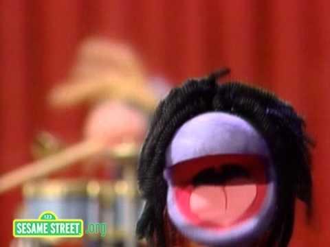 Sesame Street: Worm Reggae