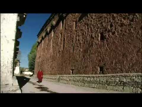 Panshen monks prepare for the Panshen Lama - A Year in Tibet - BBC Travel & News