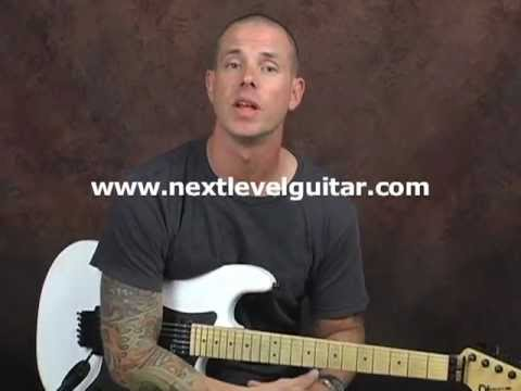 Learn lead blues guitar soloing skills open pentatonic scales bluesy licks and rhythms lesson