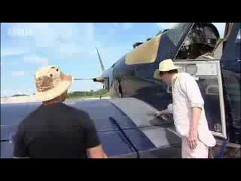 Black Hawk helicopter in cocaine country - Alex James Cocaine Diary - BBC News Investigation