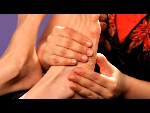 Working the Flat of the Foot | Foot Reflexology Techniques