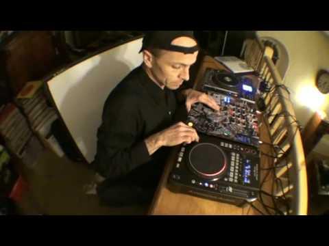 DJ Tutorial on Mixing 80's Music
