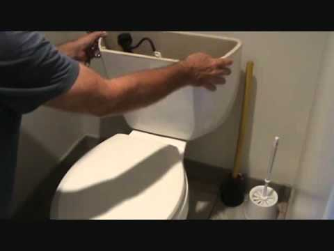How to remove a leaking toilet tank